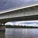 híd alatt