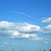 felhők és háztetők