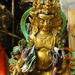 Pénzáldozat egy hindu istennek.