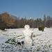 egy emlékfotó hóemberrel