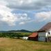 Vidéki ház nyáron.