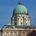 Közeli kupola