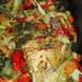 sült nyúl zöldség ágyon